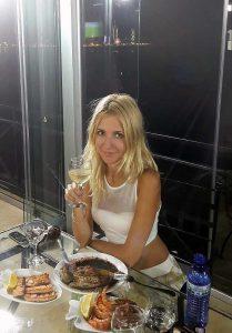 Ukrainian and Russian Travel companions - Meet single Russian girls on a tour
